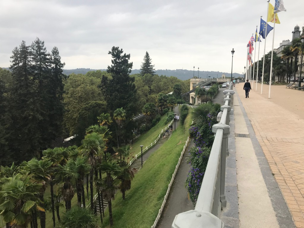 Pau promenade - with the funicular in the distance